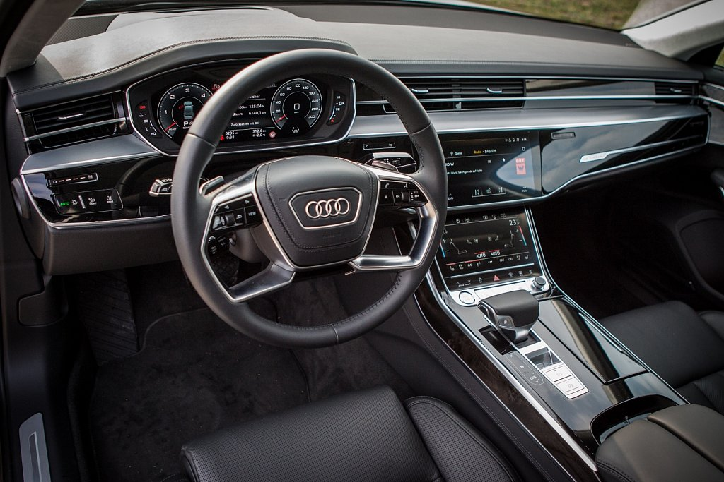 Audi-A8-Gluschitsch-1.jpg