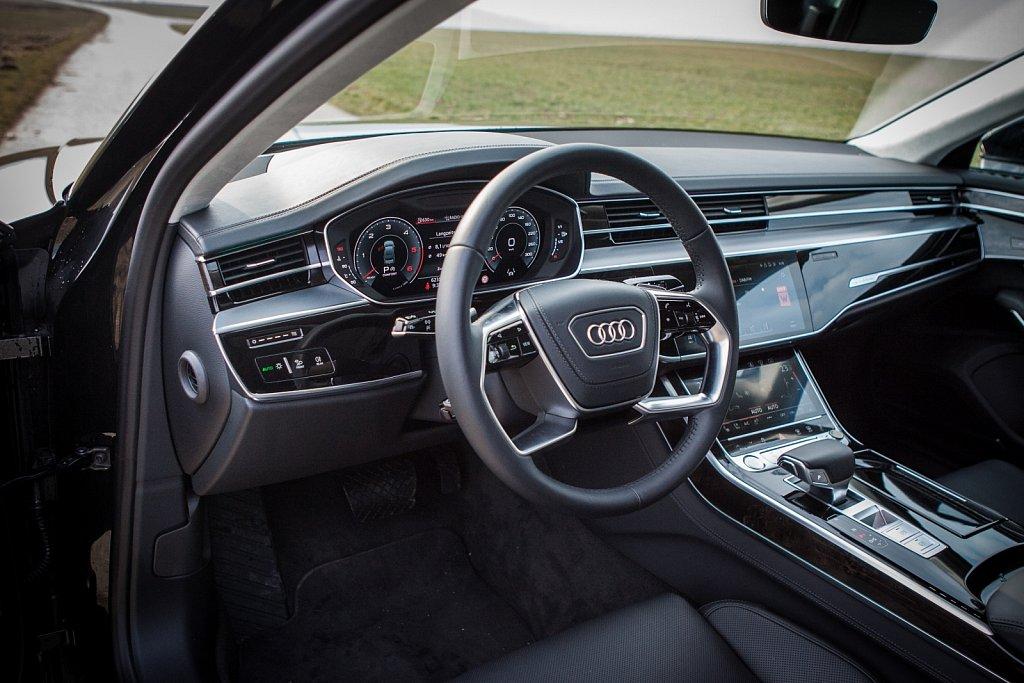 Audi-A8-Gluschitsch-2.jpg
