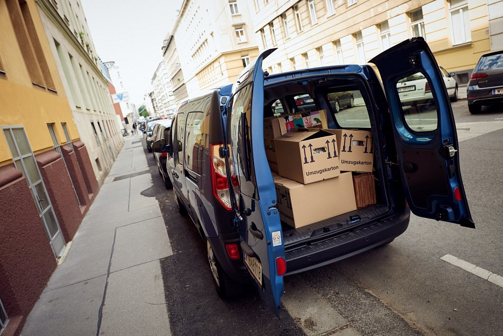 dS-Renault-Kangoo-ZE-1120408.jpg