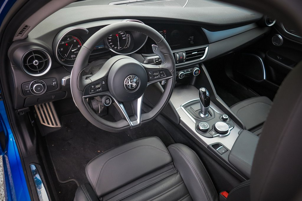 Alfa-Romeo-Giulia-Gluschitsch-2.jpg