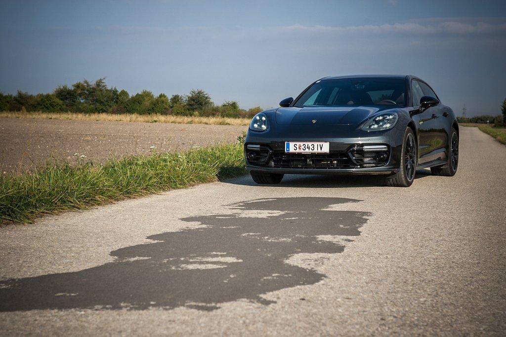 Porsche-Panamera-Hybrid-Gluschitsch-14.jpg